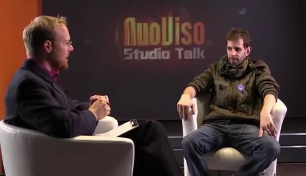 Hagen Grell im Interview mit einem vorgeblichen KSK-Soldaten im Dezember 2015 (Screenshot YouTube)