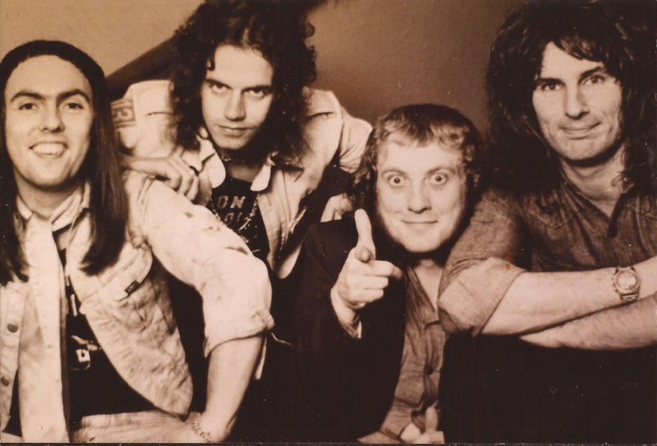 Slade – Cum On Feel the Noize